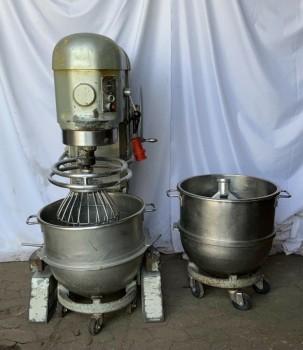 Mélangeur planétaire Hobart H 800 / machine à pâte / mélangeur planétaire